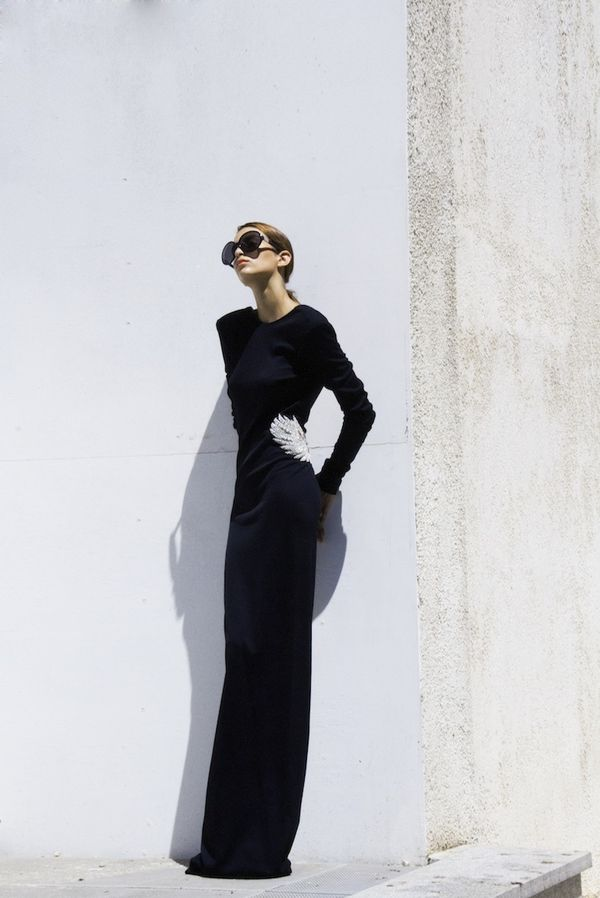 Balmain dress  and and Shades by THE ROW, available  at Splash By The Beach Limassol ©0705